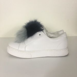 Sam Edelman White Leather Blue Pom Pom Sneakers